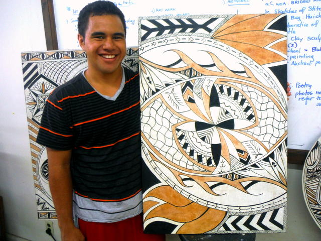 Student with Samoan Art